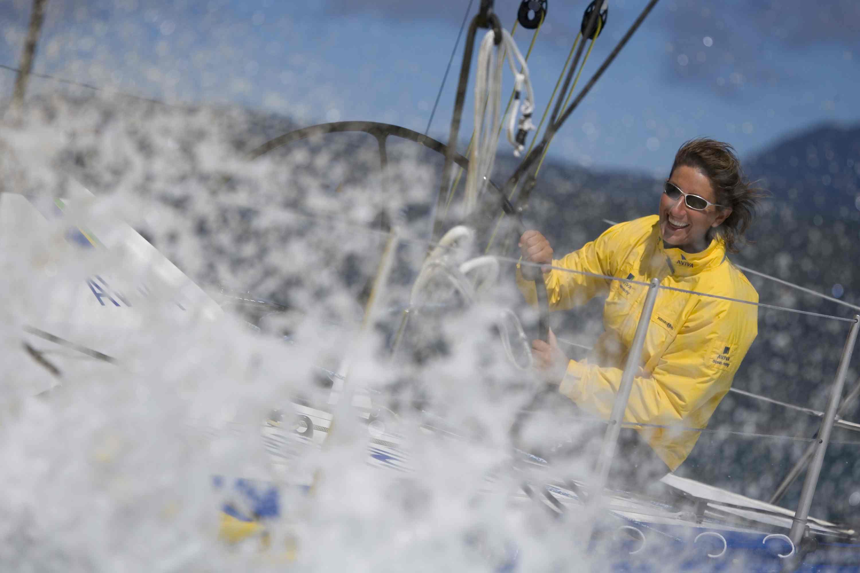 Donne e oceani, breve storia della vela al femminile