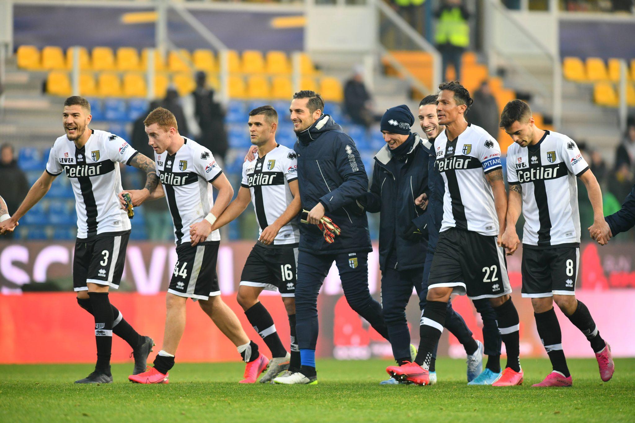 Parma Calcio 2020 la squadra festeggia la vittoria 2-0 contro l'udinese